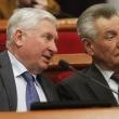 Депутат Яловий Володимир Борисович виступає у сесійній залі під час пленарного засідання Київради